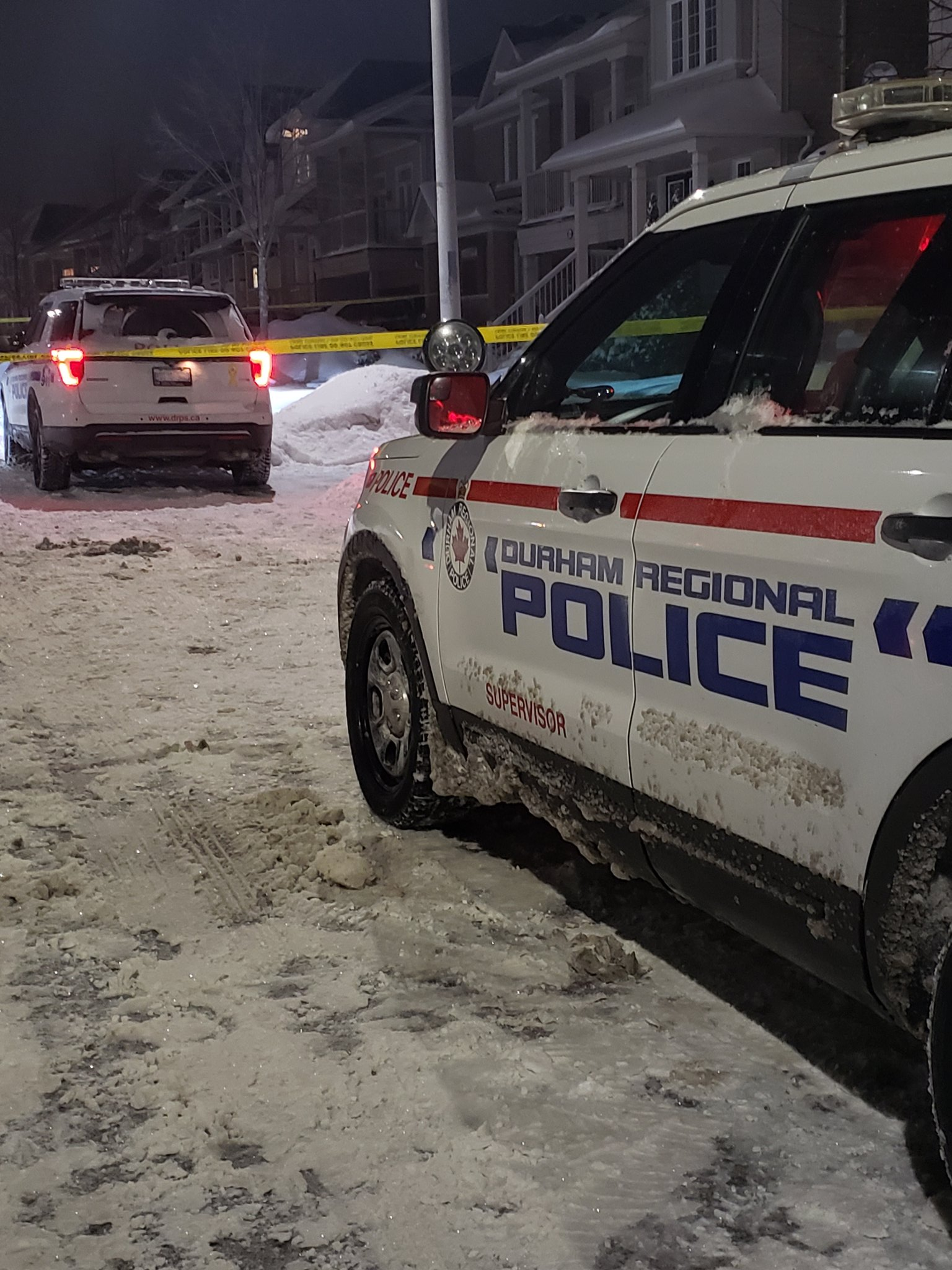 Homicide investigators looking into suspicious death in Oshawa