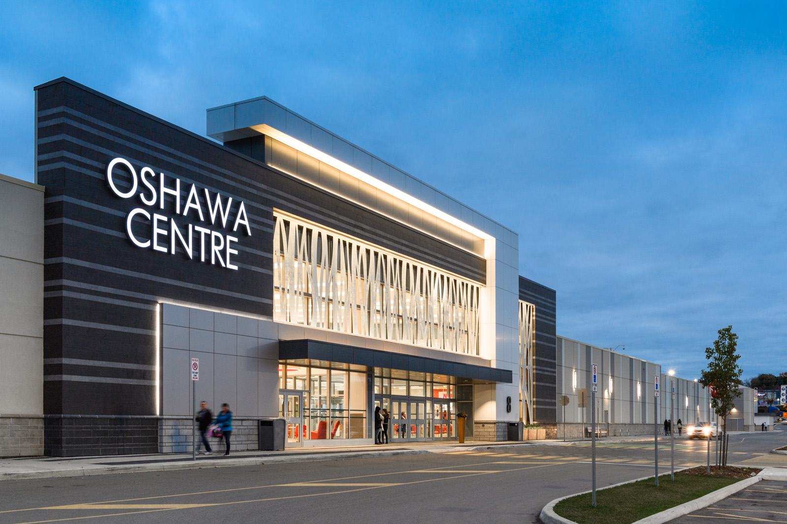 Pickering man charged after allegedly videotaping women at the Oshawa Centre