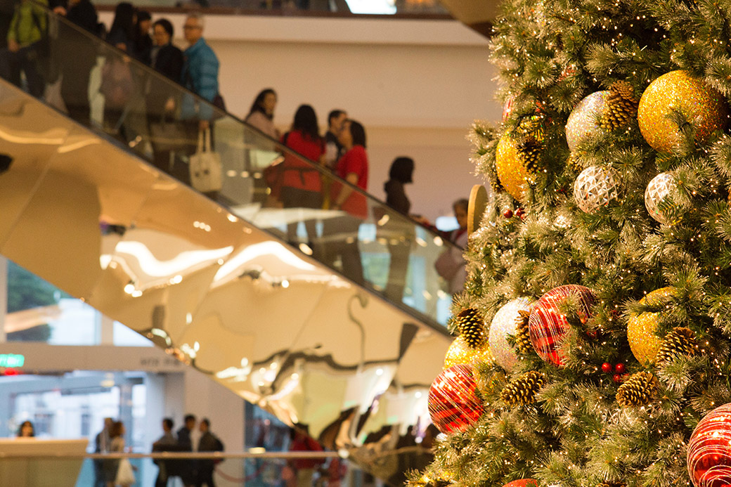Four easy ways to minimize gift-giving stress