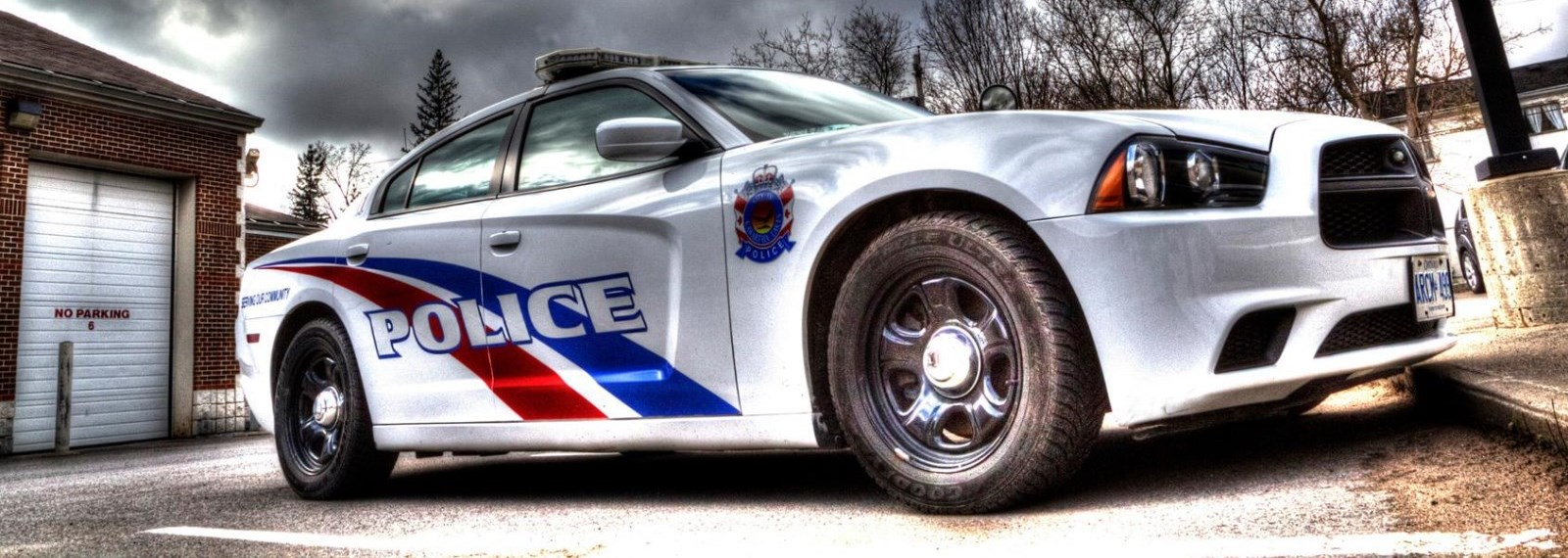 Lindsay man charged after allegedly trying to flee from police while impaired