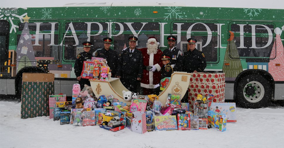 Community rallies for DRPS food and toy drive