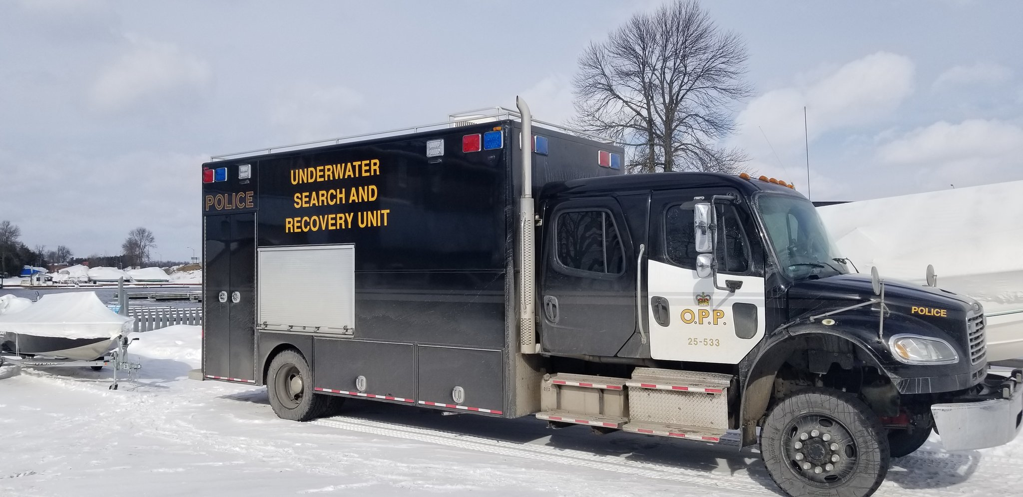 Police searching for man that went through the ice on Bass Lake