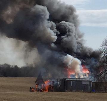 Fire engulfs shed on property south of Sunderland