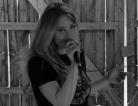 Sunderland singer a semifinalist in restaurant chain's jingle contest
