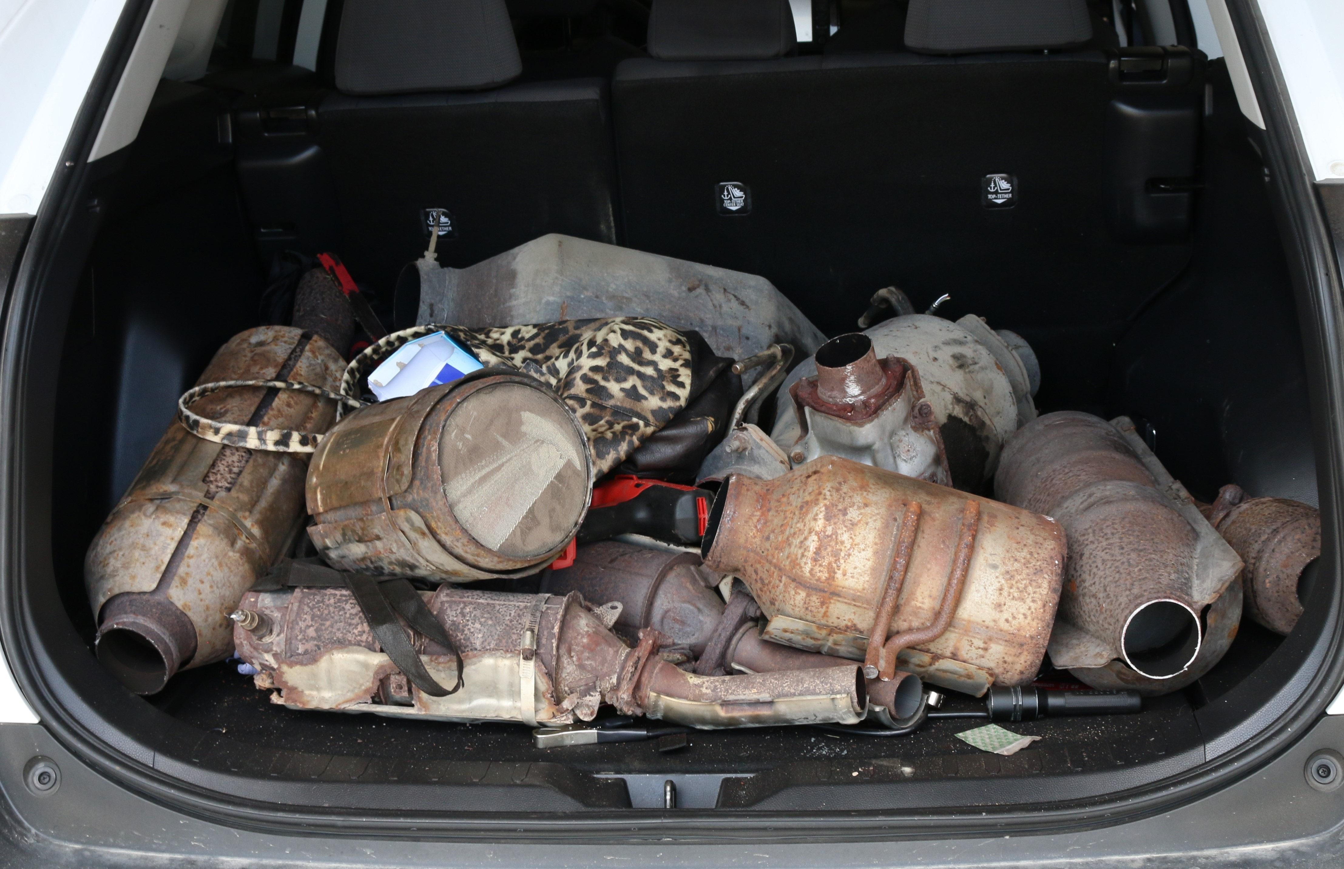 Four charged in relation to catalytic converter thefts