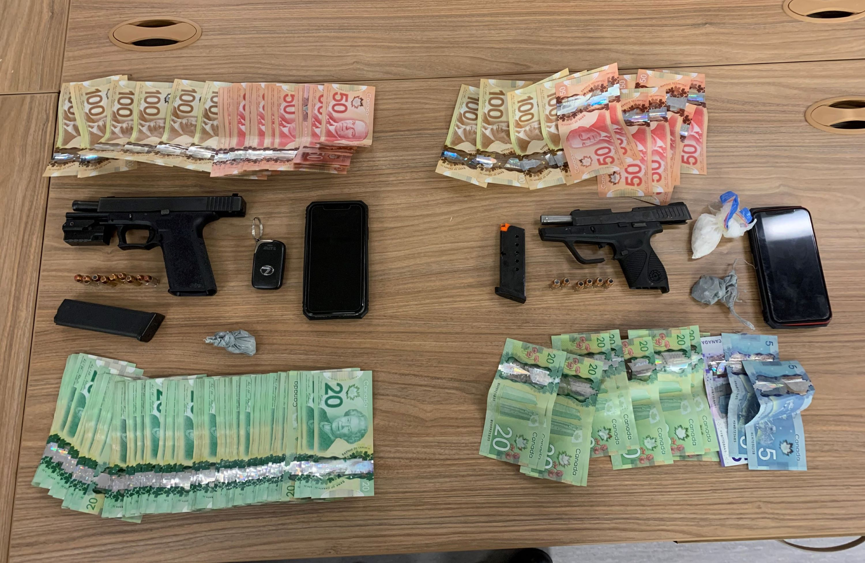 Police reportedly seize two loaded handguns, cocaine following traffic stop
